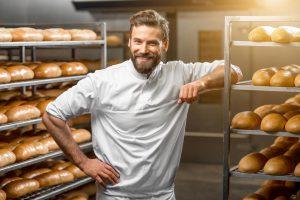 Jak założyć piekarnię i zacząć zarabiać? Poznaj 3 niezbędne kroki przy własnej działalności